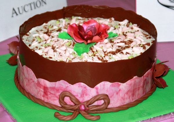 chocfestival_cake_twitpic